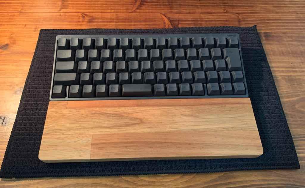 ブログの作業環境に最適なHHKB(ハッピーハッキングキーボード)